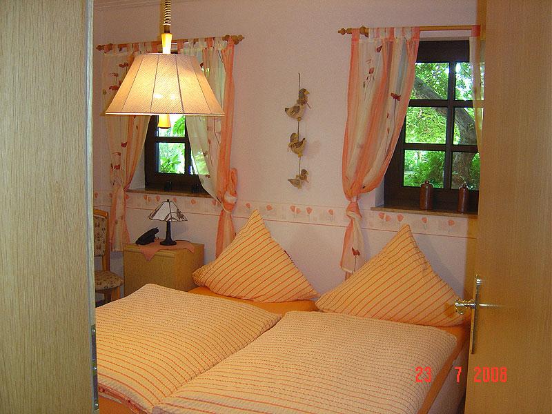 wohnungen der ferienwohnung hohl in st martin 60 qm wohnung ausblick auf das hambacher. Black Bedroom Furniture Sets. Home Design Ideas
